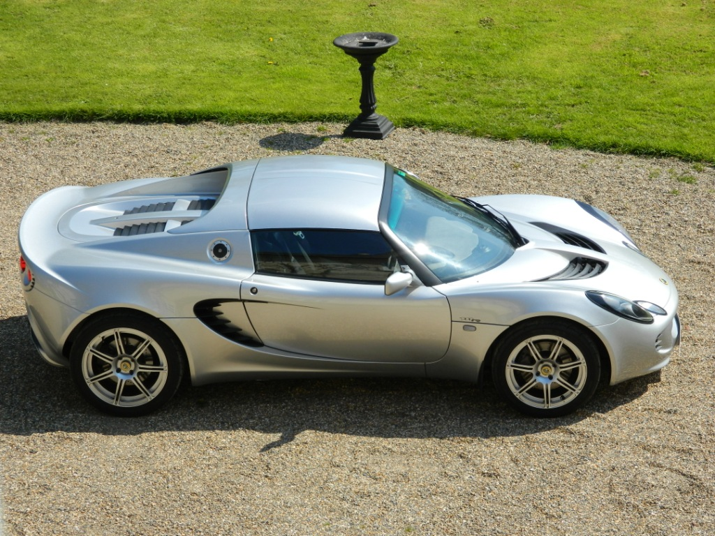 2006 55 lotus elise 111r silver black hide hardtop sports exhaust 21 000 miles shmoo. Black Bedroom Furniture Sets. Home Design Ideas