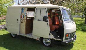 Peugeot J9 Campervan