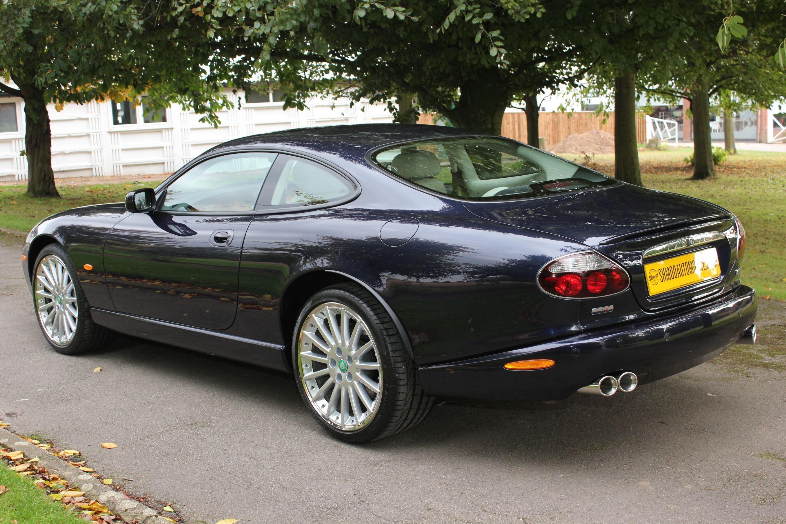 Jaguar Xk8 4 2s Coupe The Last Cars Off The Production